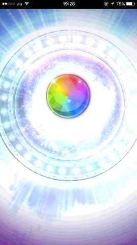 虹色の演出で星5ユニットが出現しました。