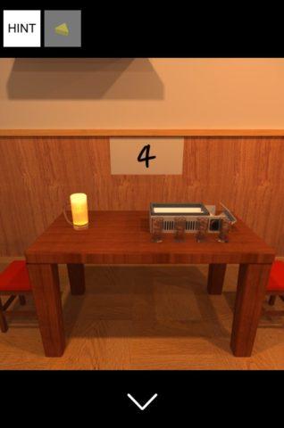 ▲右テーブルのジョッキの向きを確認します