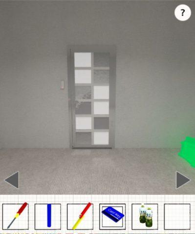 光のついたドアの前に移動する