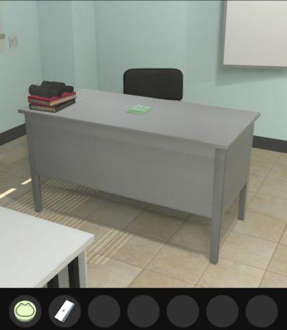スイッチは全面左の机の後ろのスイッチにはめ込みます。